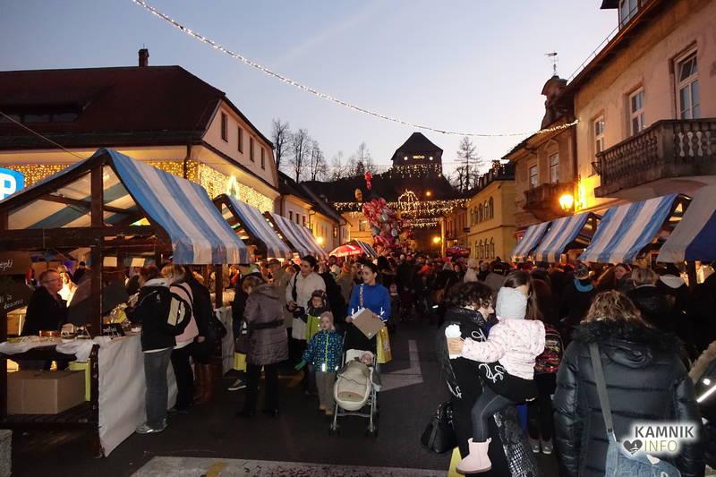 novoletni bazar 24