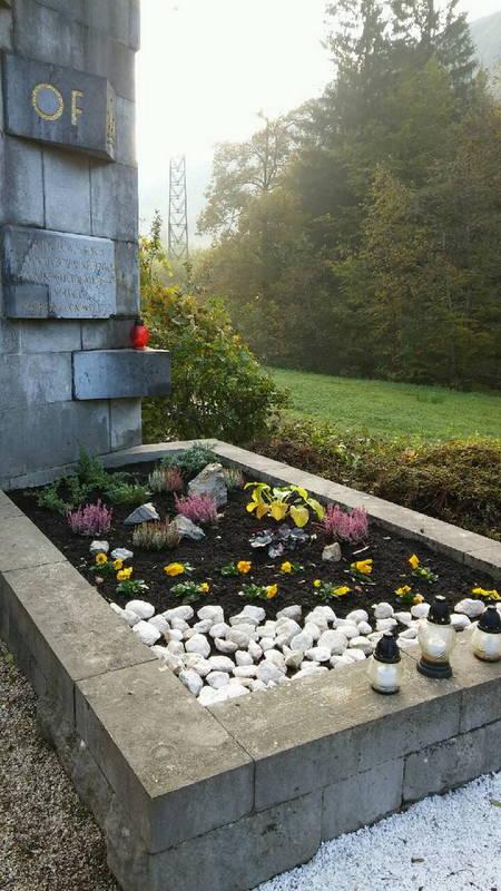 Spomenik po ureditvi okolice.