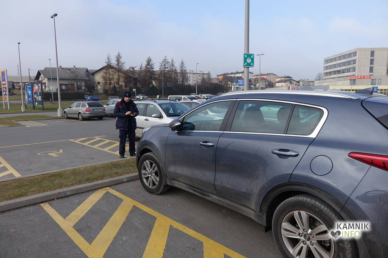 parkiranje-invalidi-2